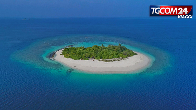 MALDIVES WITH DONNAVVENTURA: ATHURUGA & THUDUFUSHI