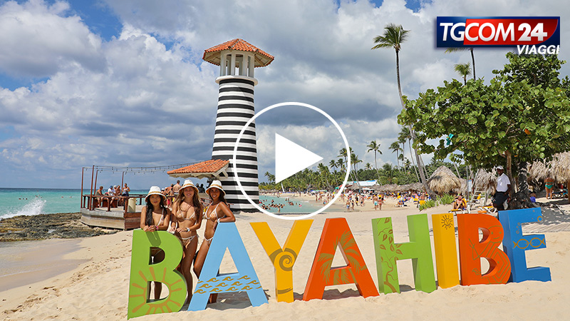 Bayahibe, among crystal clear waters and coconut palms