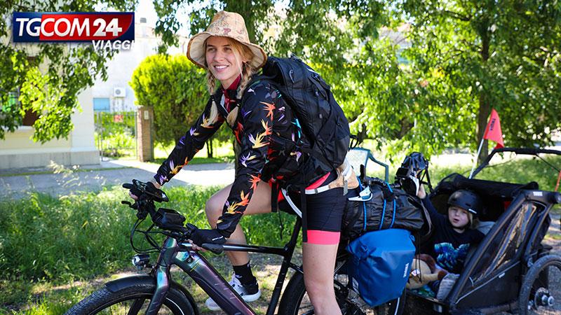 Sfida in bicicletta: pedalando verso Ovest.