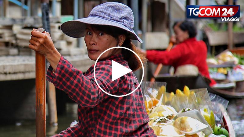 Donnavventura in Thailandia: i mercati galleggianti.