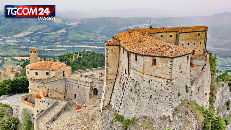 Alla scoperta dell'antico borgo di San Leo.